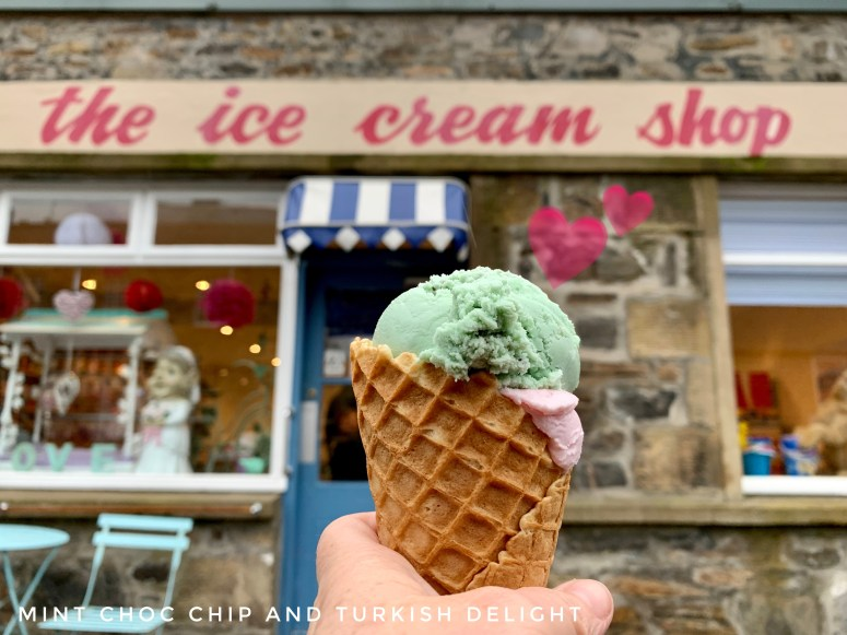 The ice cream shop, Cullen