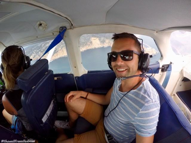thewelltravelledman scenic flight freycinet national park.