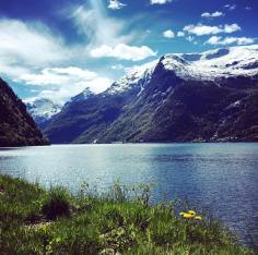 Norway_has_these_beautiful_scenic_roads_hugging_the_shores_of_the_fjords_and_the_very_best_of_them_are_highlighted_on_the__this_website__which_I_discovered_thanks_to__heartmybackpack__ht