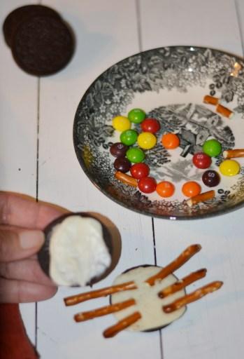 Assembling your Halloween treat