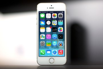 Walmart cuts down the prices of iPhone 5C, iPhone 5S handsets