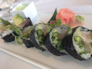 One of my favorites was this Hamachi & Japaleño Roll. Excellent!