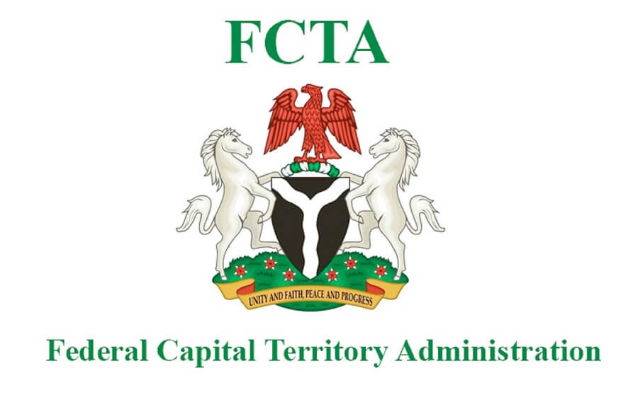 The Federal Capital Territory Administration (fcta), On Friday In Abuja Received N500 Million Donation From The United Bank For Africa (uba) To Assist The Federal Government's Efforts To Curb The Coronavirus (covid 19) Pandemic In The Territory. The Nigeria News Agency Reports That The Vi