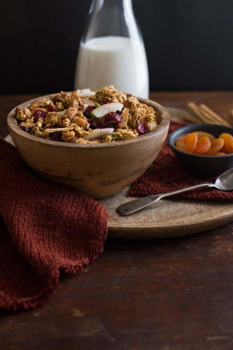 pumpkin maple nut granola