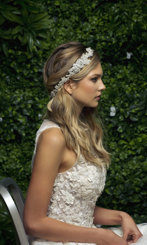 Blossom Veils crown-like headband bride