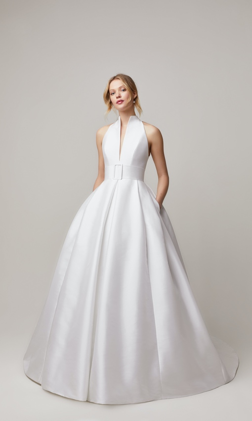 jesus peiro 200 full couture gown front