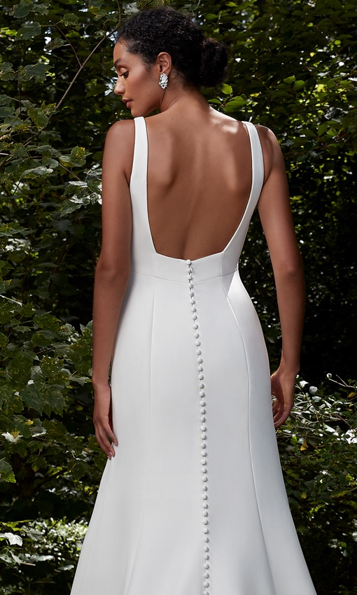 Square back crepe wedding gown