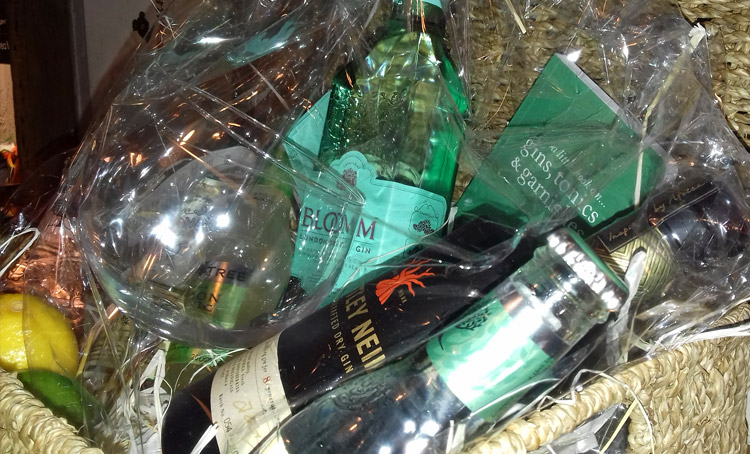 A chance to win a gin hamper every month at the White Swan pub