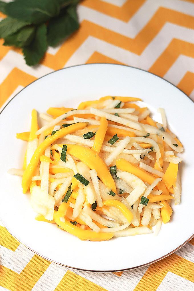 Jicama-Mango-&-Pear-Salad-3