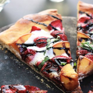 Peachy Strawberry Pizza