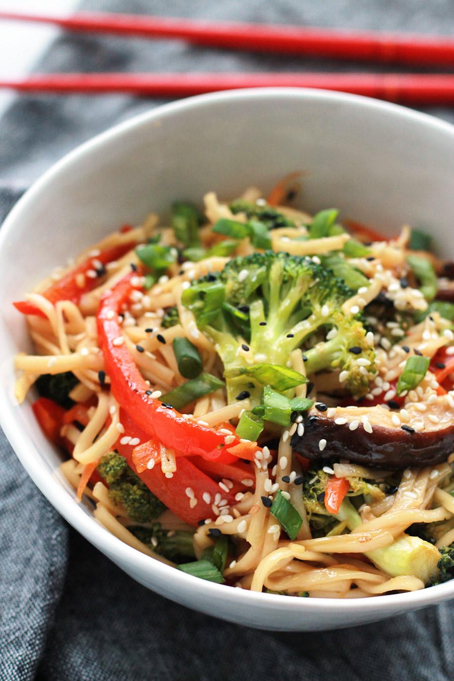 Bowl of tasty Spicy Teriyaki Ramen with Sriracha.