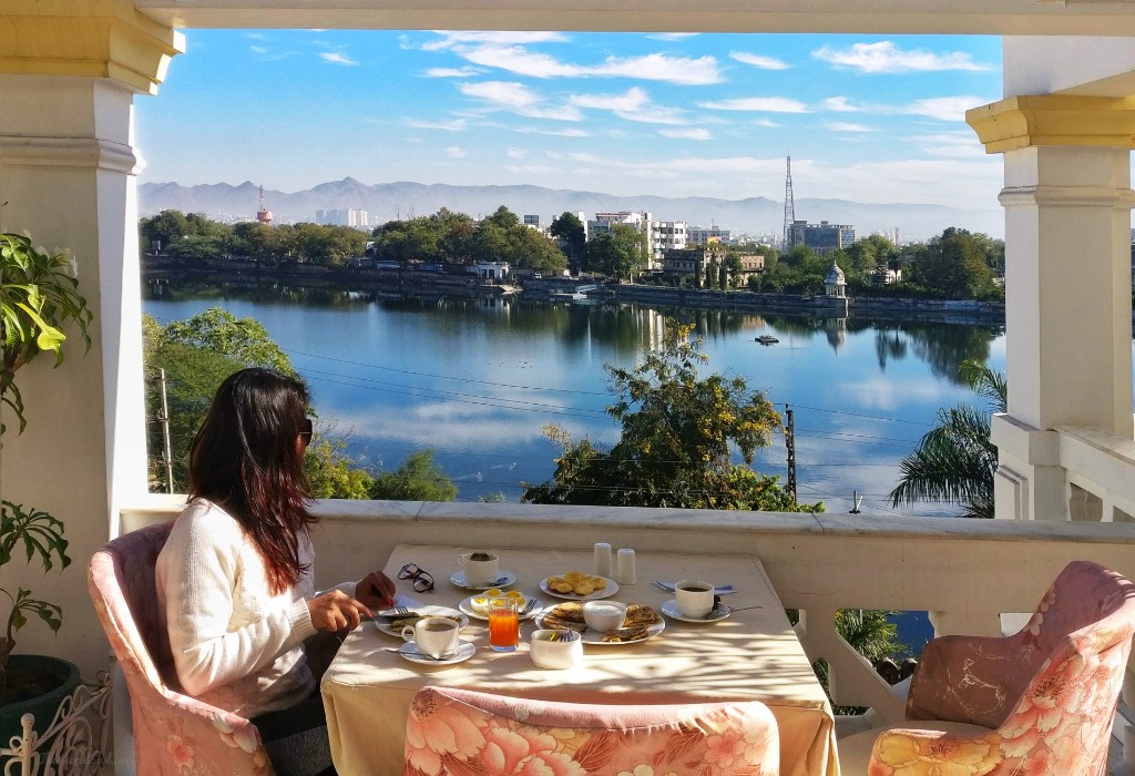 Stay review at Treebo Brahma Niwas – Udaipur