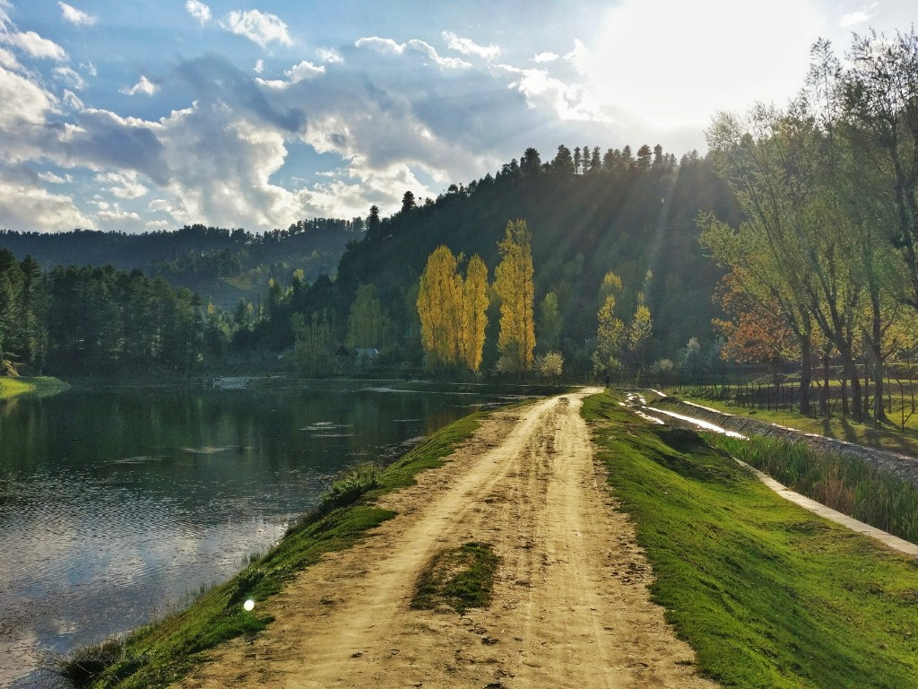 how to travel for free to NeelNag lake Yusmarg