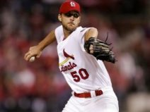 adam-wainwright-pitches-for-st-louis-cardinals