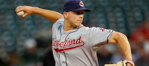 justin-masterson-pitches-for-cleveland-indians
