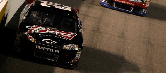 kevin-harvick-comes-out-on-top-at-richmond