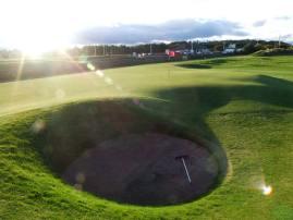 st-andrews-road-hole-pot-bunker