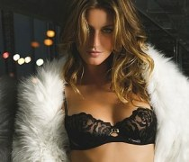 gisele-bundchen-hot-in-black