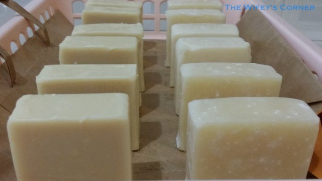 Left: Green Tea Blossoms CP Soap (darker colour) Right: Jasmine - Rose CP Soap