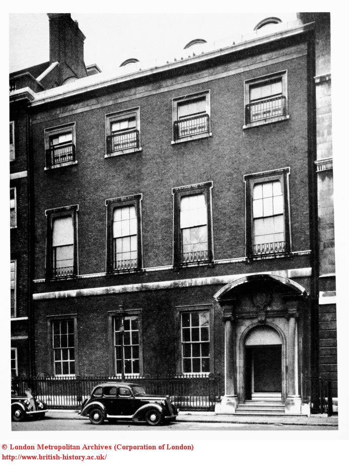 Steam and Stratagem: Roberta stayed at Number 6 St James Square  (1/6)