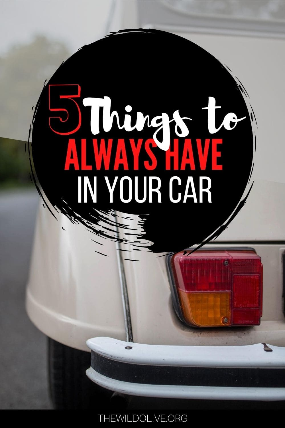 5 Things to always have in your Car | Road Safety Tips
