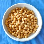 Best ways to cook dried chickpeas on the stovetop or slow cooker, along with tips, and troubleshooting for beans that won't cook. #HowToCookChickpeas #Chickpeas #CookingChickpeas #SlowcookerChickpeas #SlowcookerGarbonzoBeans #CookingTips #VegetarianRecipe #HealthyRecipe #VeganRecipe #TheWimpyVegetarian