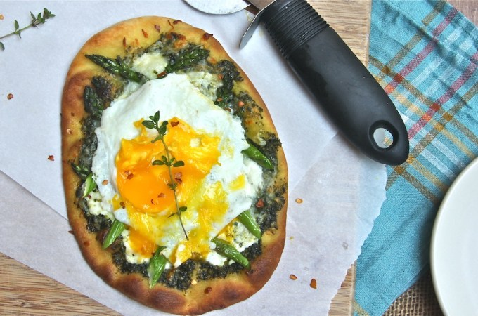 Breakfast Pizza with Kale Pesto and Asparagus