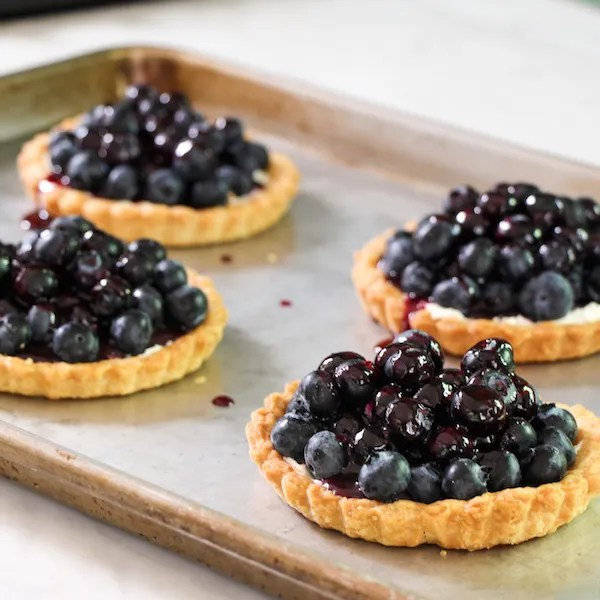 Glazed blueberry tarts, easy dessert