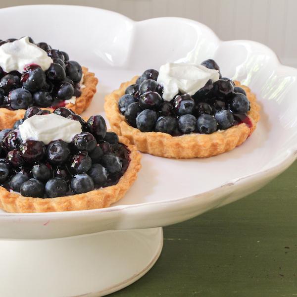 Glazed blueberry tarts, easy dessert