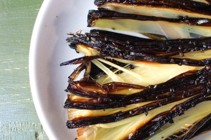 crispy roasted leeks