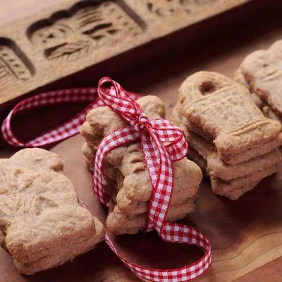 Cookies From Around the World: Netherlands Christmas Cookies