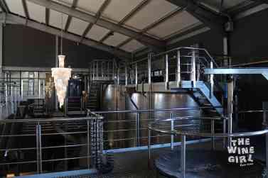 wine-cellar-chandelier