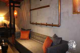zandvliet wines tasting room couch