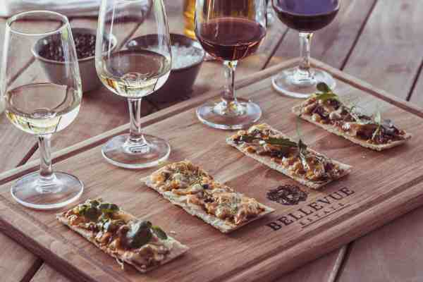 Bellevue Wine Estate pizza and wine pairing
