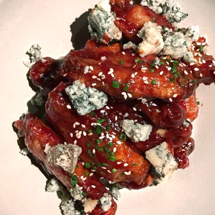 Asian-inspired wings with Pennyroyal Boonters Blue cheese - Goose & Gander