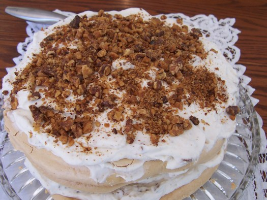 frozen-walnut-torte
