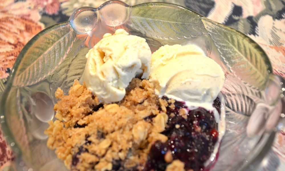 Blueberry Crumble with Cinnamon Ice Cream