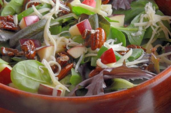 apple-pecan-salad