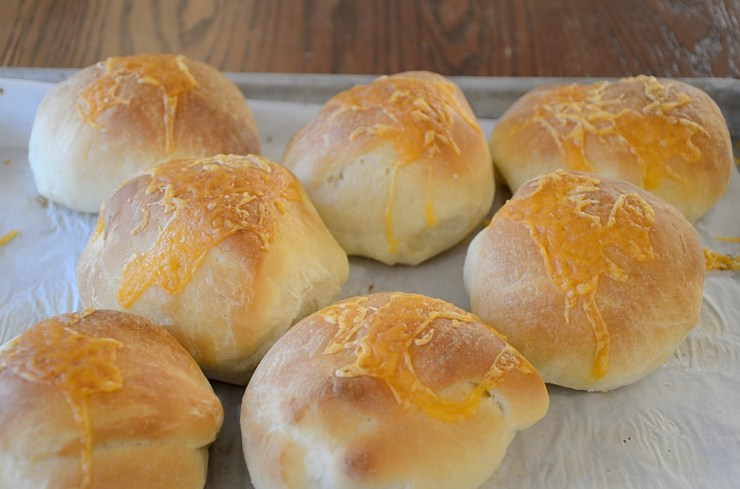 These Cheese Buns are perfect for hamburgers, sandwiches or as a side for soup. Use the dough setting on your bread machine to make it ultra easy!