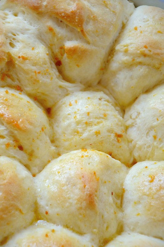 These delicious Garlic Buns are topped are soft and chewy and topped with melted butter and your favourite seasoning.