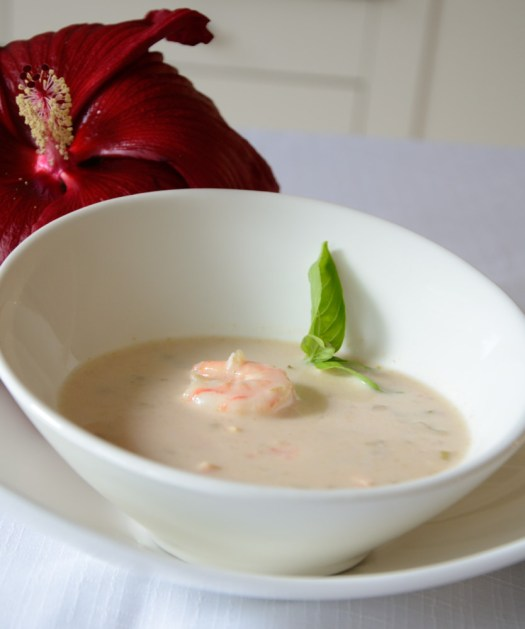This Thai Shrimp Bisque is rich and flavourful.  It is really easy to make it diary and gluten free. It is perfect for entertaining.