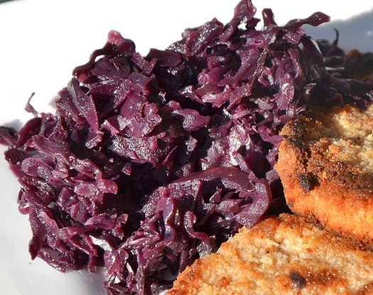 Red Cabbage with Apples and Onions