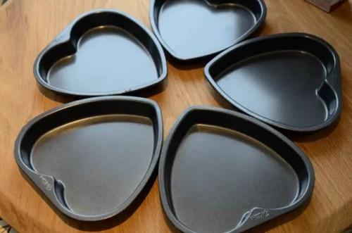 5 heart shaped cake pans