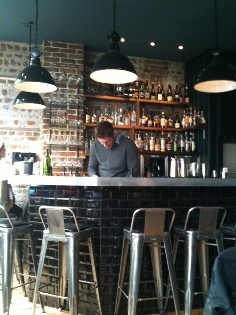 bar at Plateau