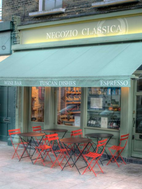 Negozio Classica in N. London