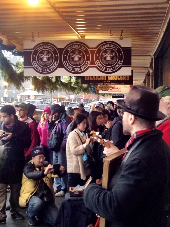 crowds at the original Starbucks