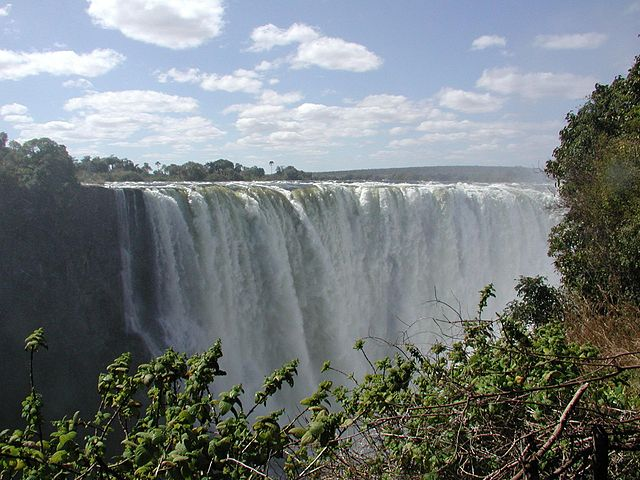Most Beautiful Waterfalls: Victoria Falls in Zimbabwe