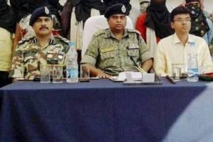 Baster IG SRP Kalluri (centre). Credit: PTI