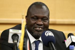 South Sudan's rebel leader Riek Machar prepares to address a news conference during the peace signing meeting in Ethiopia's capital Addis Ababa, August 17, 2015. Credit: Reuters/Tiksa Negeri