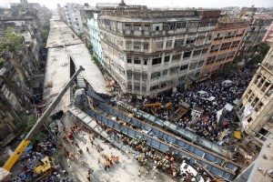 The flyover that collapsed in Kolkata on March 31, 2016. Credit: Reuters